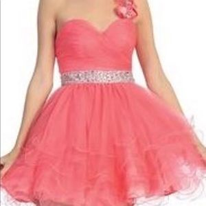 Other - Coral Homecoming/Prom Dress Poofy Size S